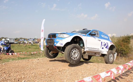 "Bulgaria Off-road Team е  готов за рали ""Мароко"" и ""Дакар 2013"""