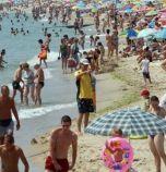 Адвокат обидил и бутнал 3-годишно дете на плажа