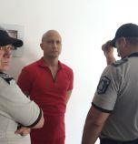 Руски йога изпадна в кома, часове преди да го екстрадират
