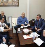 След среща при Борисов за катастрофите: Слагат камери и колани в...
