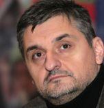 Кирил Добрев: Бедността и корупцията вървят ръка за ръка