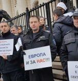 Надзиратели в затворите пишат до европосланиците за проблемите в затворите