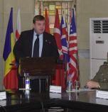 Министър и военни се събраха, за да си кажат, че армията се нуждае от...
