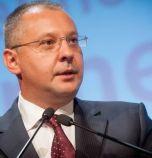 Станишев: Крайно време е Албания и Македония да започнат преговори за...