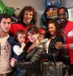 Азар е женен за съученичка, имат трима синове