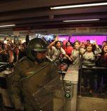 Извънредно положение в столицата на Чили – метрото поскъпна