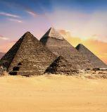 Започна дезинфекцията около пирамидите в Гиза