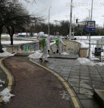 Дезинфекцията в София продължава, пръскат подлези, спирки и кошчета