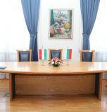 Вицепремиерът Николова се срещна с министъра на външните работи и търговията на Унгария Петер Сиярто
