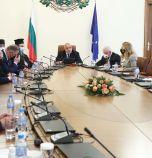 Правителството отпусна 14 млн. лева на 10 общини и на университета в Русе