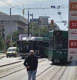 Трамвай и автобус се блъснаха в София (обновена)